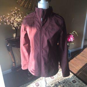 🥰 Burgundy North Face Jacket